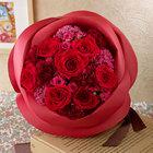 バラの形の花束ペタロ・ローザ「シャイニングレッド」