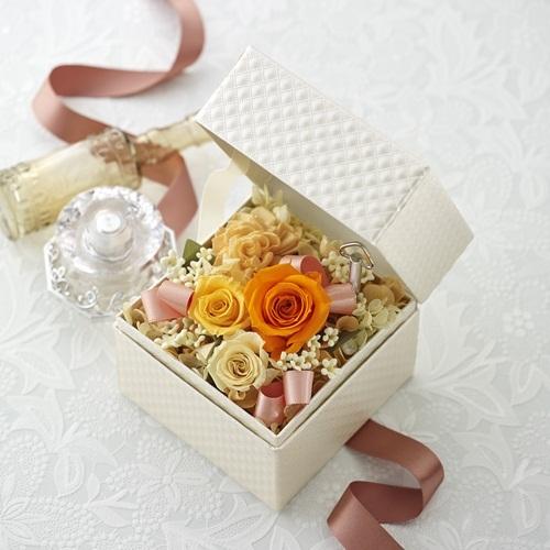 プリザーブド&アーティフィシャルアレンジメント「オルゴールフラワーオレンジ(星に願いを)」