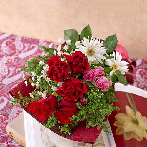 メロディーボックス花束「ウィンターハッピーバースデー」