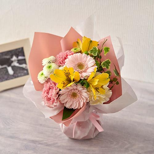 【ペットのお供え用】そのまま飾れるブーケ「お花に想いを託して」