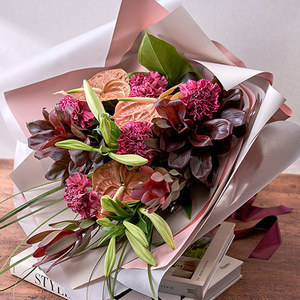 デザイナーズ花束「フィオリトゥーラ」の商品画像